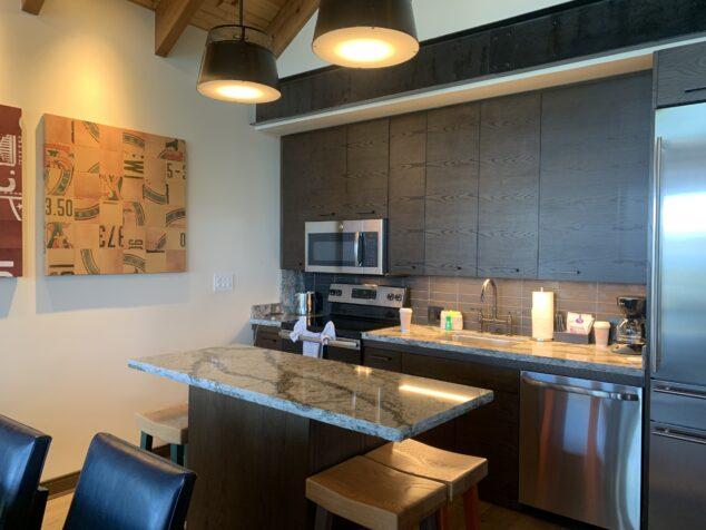 Kitchen space Copper Creek Villas & Cabins at Disney's Wilderness Lodge