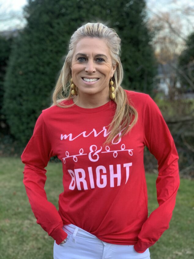 Christmas Graphic Tees - Holiday Style Winter Outfits
