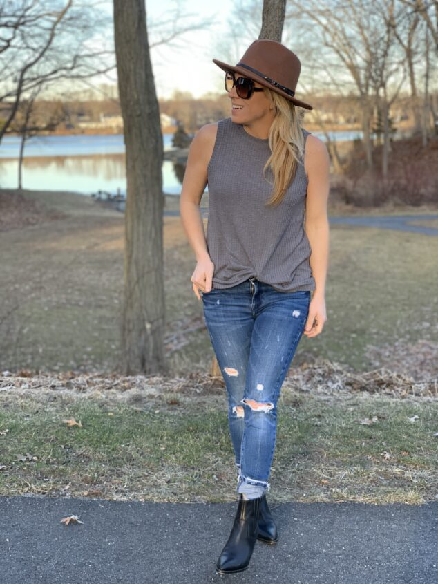 Mom Outfits - 3 Ways to Style
