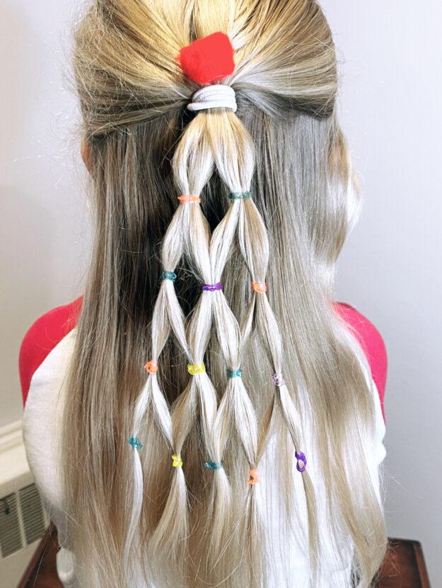 Christmas Tree Hairdo for the Holidays