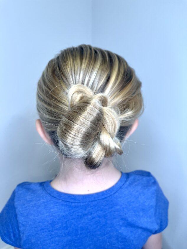 12 bun hairstyles for work