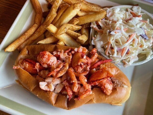 Lobster Roll options at 99 Restaurants